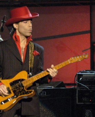 Prince While my guitar gently weeps